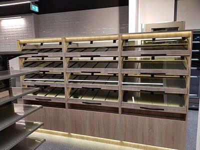 rafturi paine si produse de panificatie